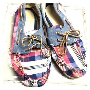 SZ 6 in Boys Plaid Sperry Slide Ons